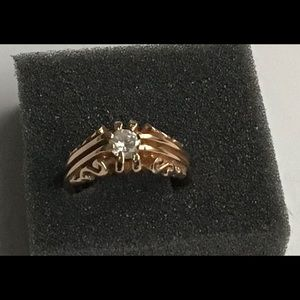 Vintage Women Ring Stamped 18KT GE Gold Stone
